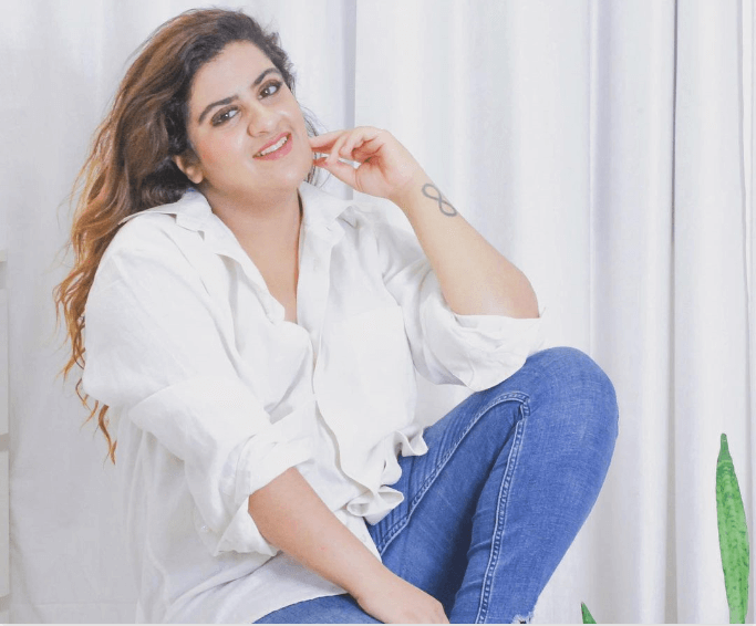 Kriti Nayar for Aristocrat Santizers influencer marketing campaign content
