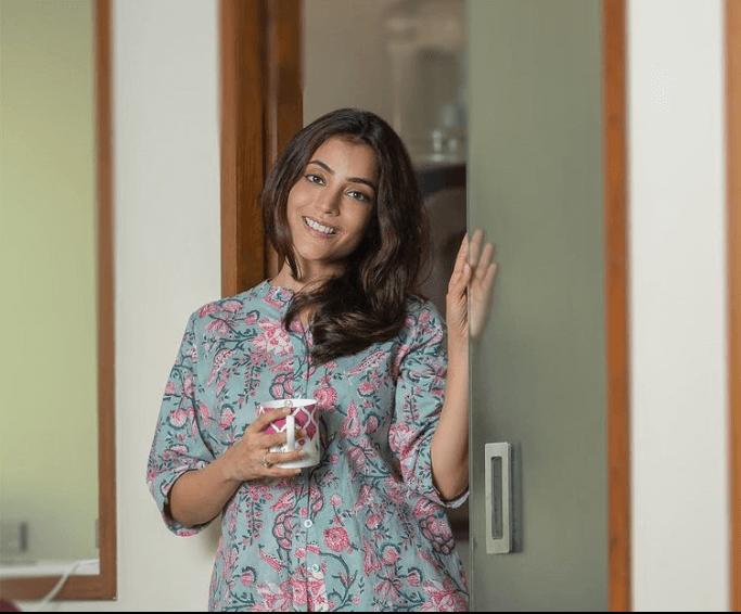 Nisha Aggarwal for Derma Essentia